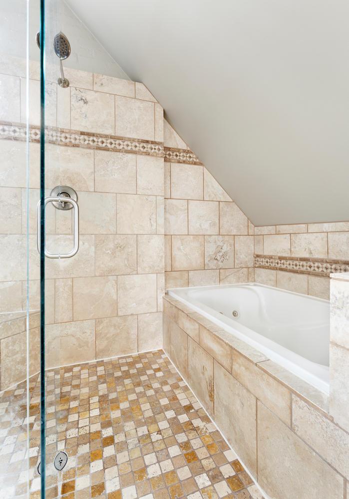 1652 yale master bath3.jpg