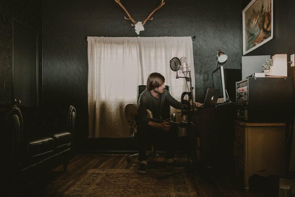 Studio Pictures-0007.jpg