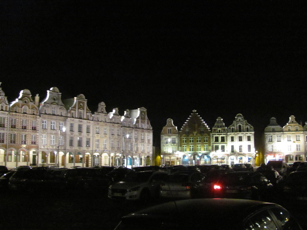 Arras at night