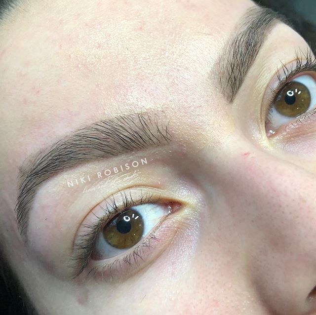 Addicted to those Arches! Blend Signature Brow Wax by Niki 💕