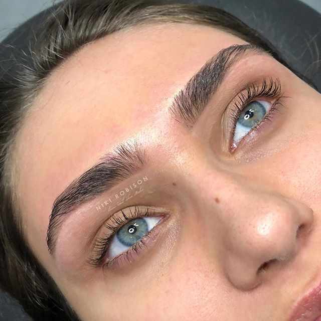 Our clients are STUNNING! Full brows designed by Niki. Get your appointments scheduled for May now. 😍