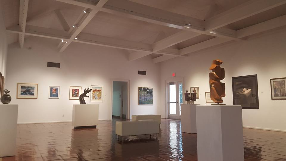 BRG - gallery interior.jpg