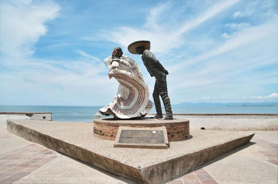 Jim Demetro's beloved sculpture,  Bailarines de Vallarta , graces the beachfront area of Puerto Vallarta