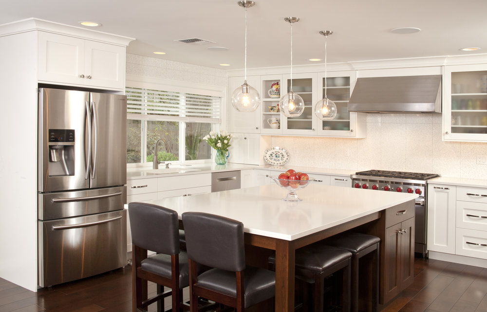 Bellevue Newport Shores Transitional Kitchen 3.jpg