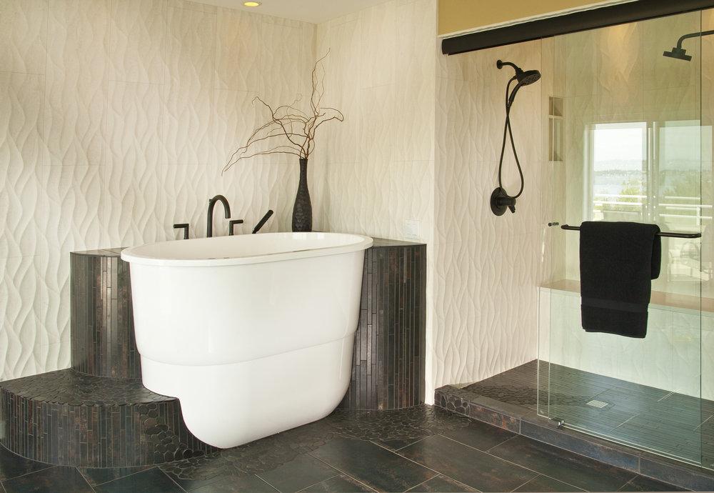 Kirkland Contemporary Master Bath 3.jpg