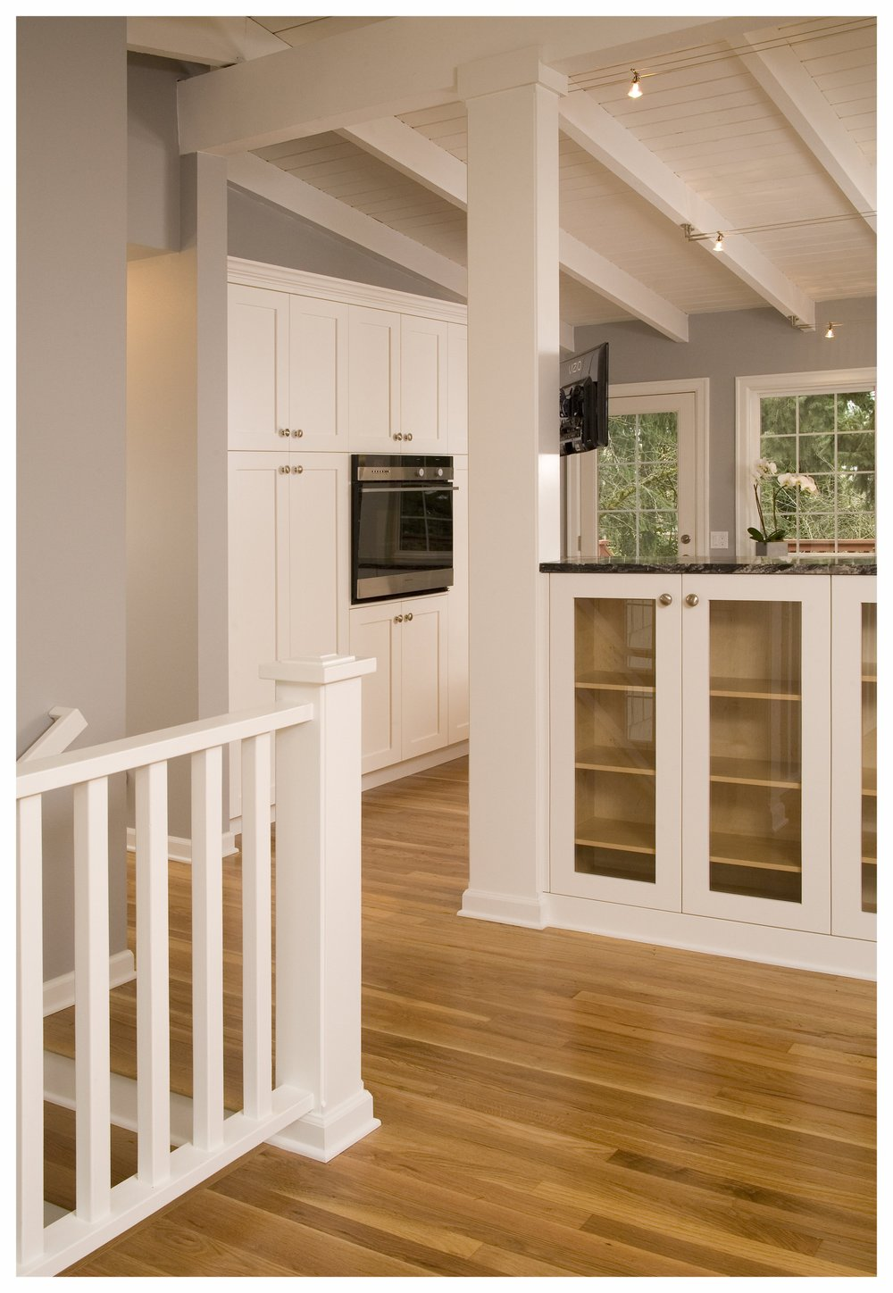 Bellevue Newport Hills Transitional Kitchen 5.jpg