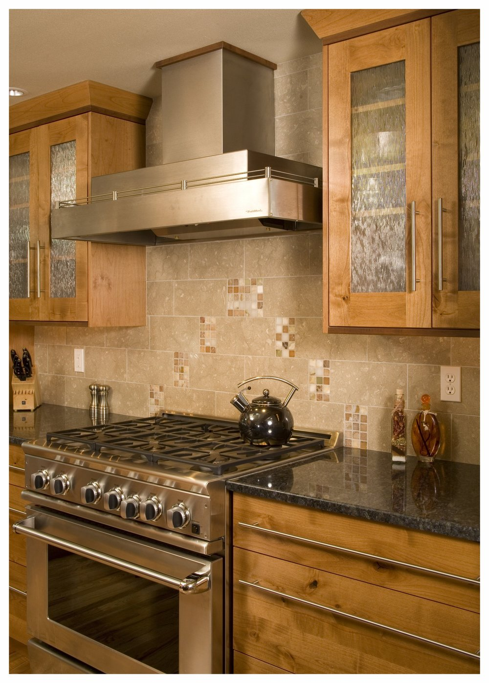 Redmond Traditional Kitchen 3.jpg