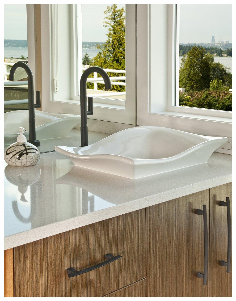 Kirkland Contemporary Master Bath 7.jpg