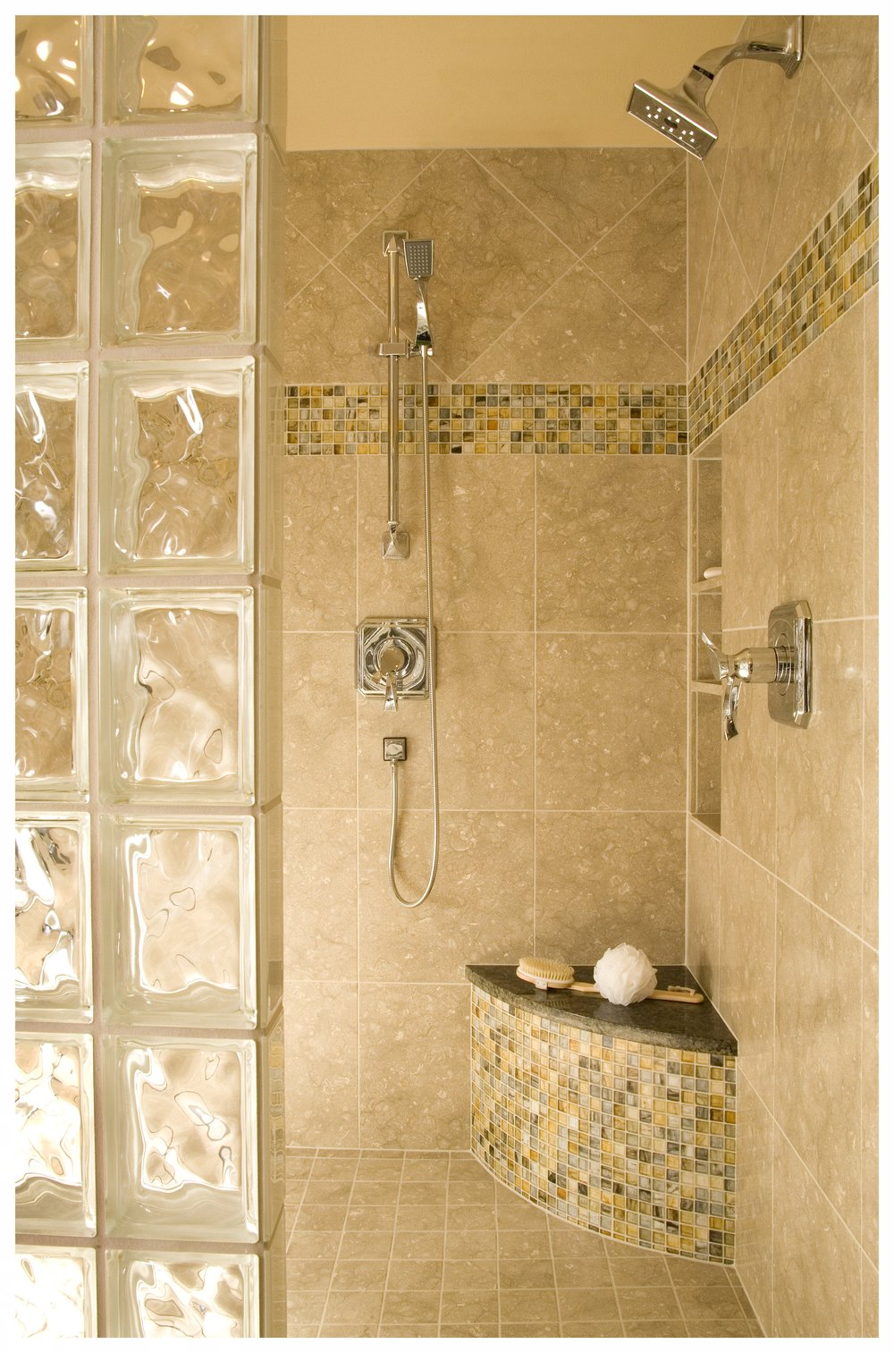 Woodinville Bear Creek Traditional Master Bath 5.jpg
