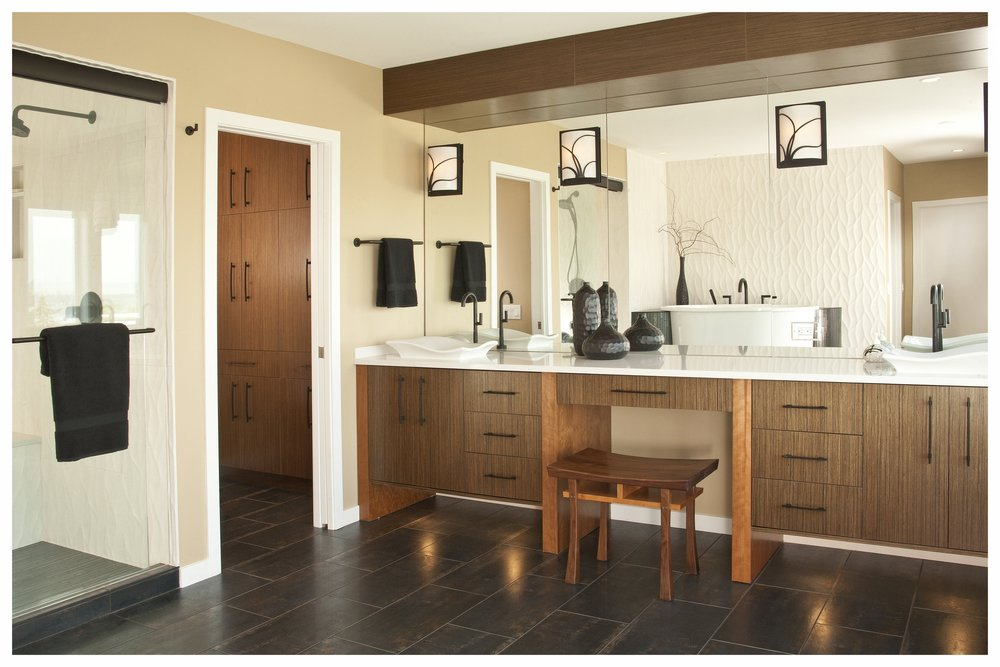 Kirkland Contemporary Master Bath 2 (3).jpg