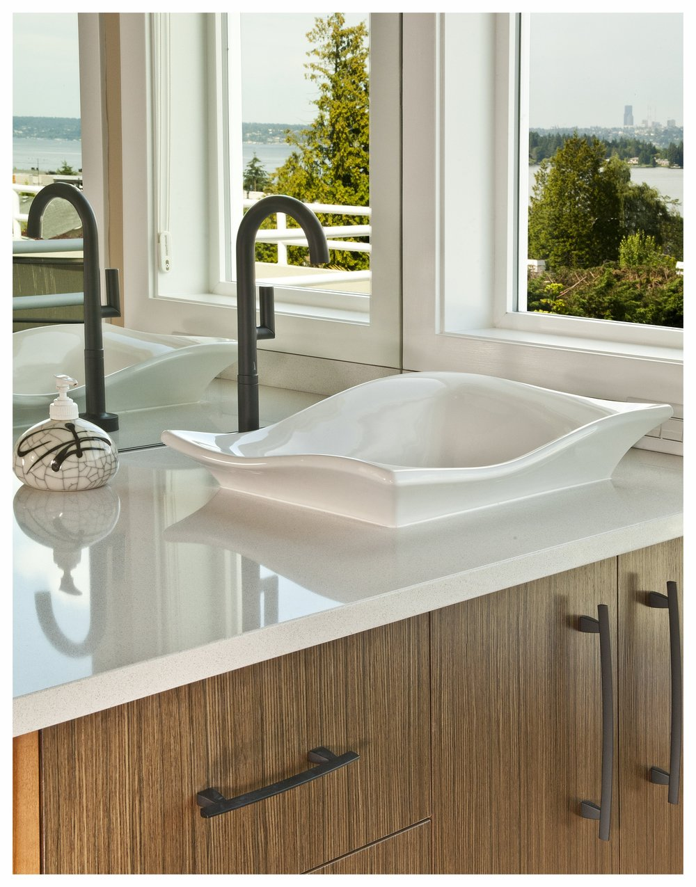 Kirkland Contemporary Master Bath 7 (2).jpg