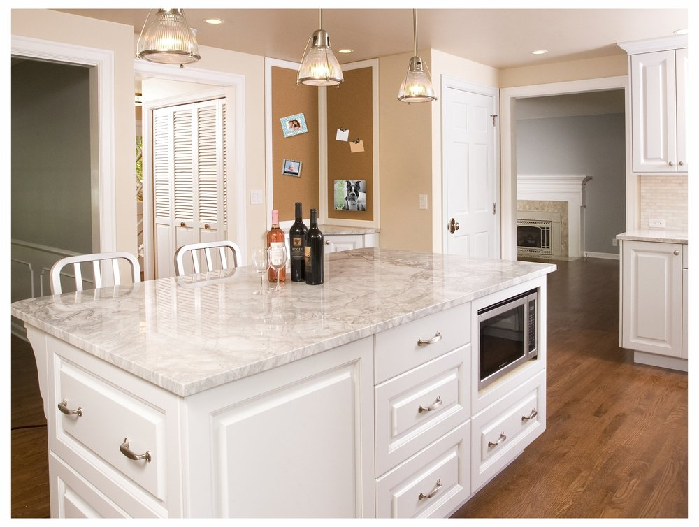 Mercer Island Traditional Kitchen 2.jpg