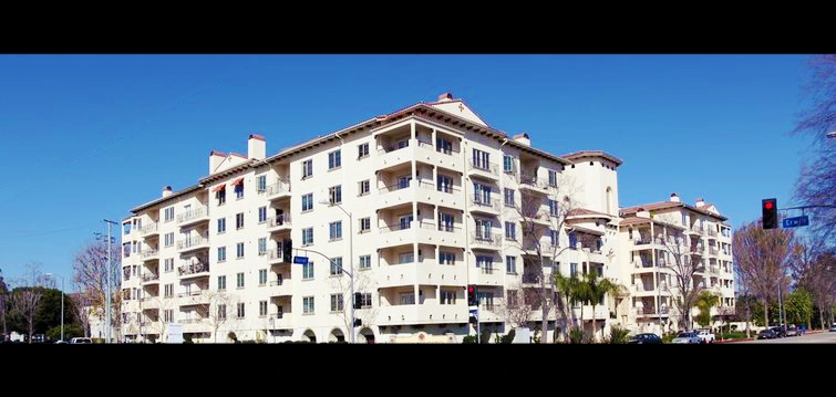 "<a class=""image-slide-title"" href=""#anchor-link-the-montecito"">The Montecito</a>"