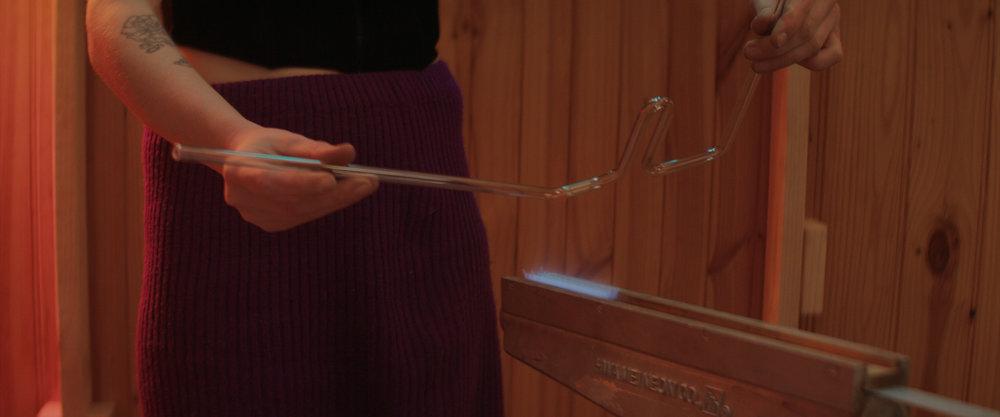 Emma-Kate Hart Bending Glass in Ribbon Burner.jpg