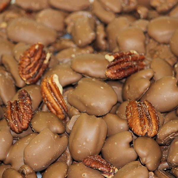 Chocolate Pecans - Milk / Dark / White Chocolate