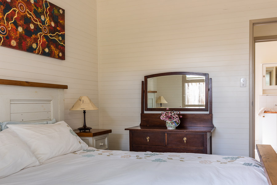 The Palm Cottage: Master bedroom.