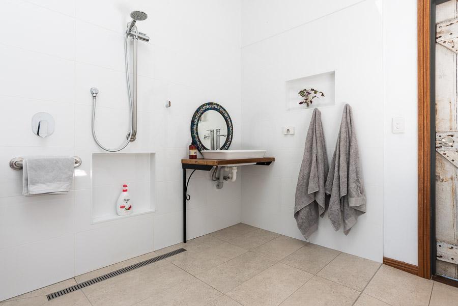 The Studio: Bathroom and toilet.