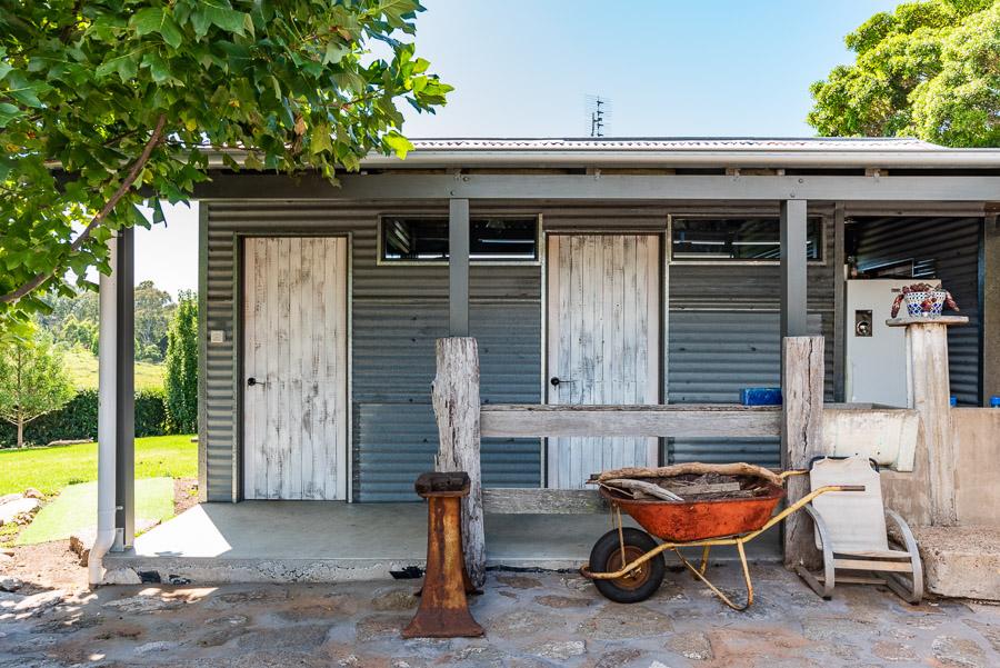 The Tent House - Gulaga: Shared amenities block.
