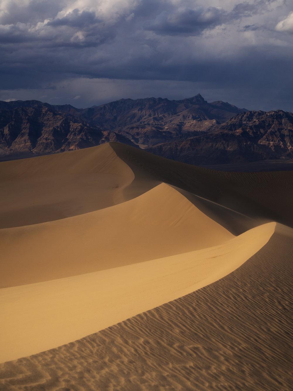 Dunes Death Valley.jpg