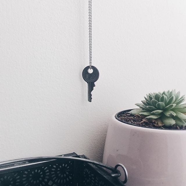 """Midnight Truth: I found this key on the ground of the airport when I had first arrived in P.R. earlier this year.  Written on this tiny key is the word """"FE"""" which translates from Spanish to """"Faith"""". It was such a unique find and I was so pumped about it especially bc I'm such a fan of the @thegivingkeys ! (This is not a Giving Key BTW) So I threw it on a necklace, and TA DAH!  Sometimes we stumble upon what we need when we least expect it. Whether they are words that will encourage us for the next season, a truth that will free us from present lies we believe or just a simple reminder to stay focused.  Faith is constantly being built and constantly rubbing off. Our faith is meant to encourage each other. Our Faith is what brings us to that next thing that seems impossible.  Tonight I'm praying for Faith to arise and be built in my sweet friend @thejournaloflaura! 💕 Believing for great things to unfold in her life."""