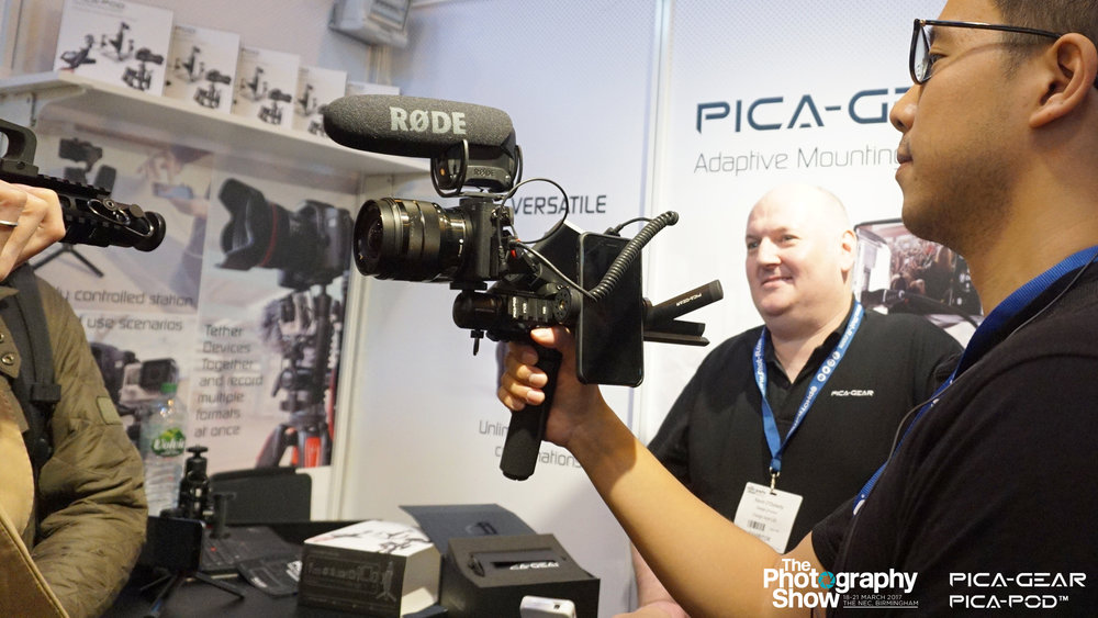 The Photo Gear News team had fun trying the Pica-Pod @ThePhotographyShow2017