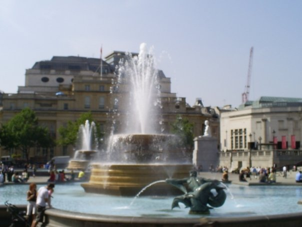 Scenes from my first day...Trafalgar Square...