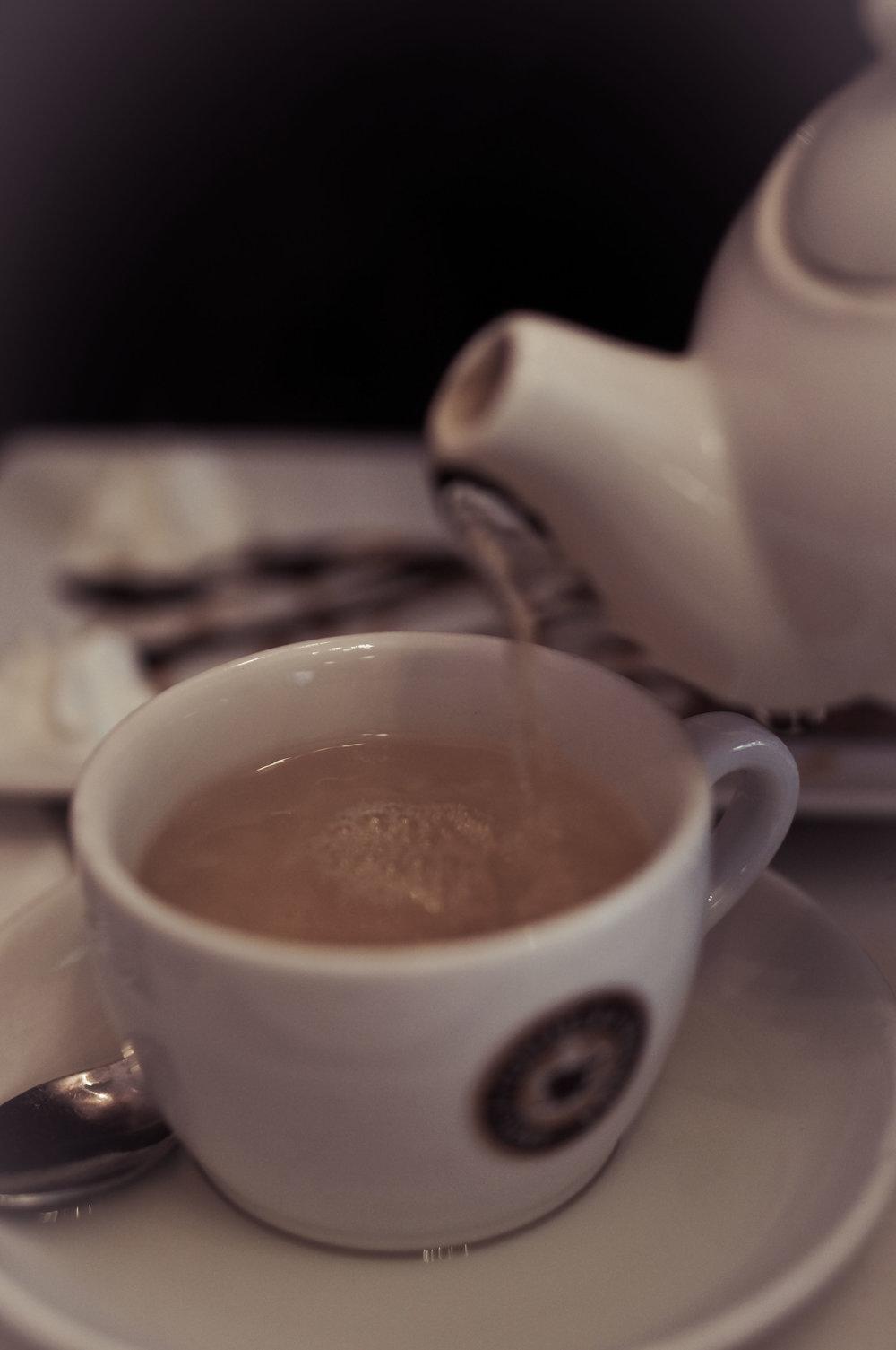Ginger tea. Caffeine-free (but still good).
