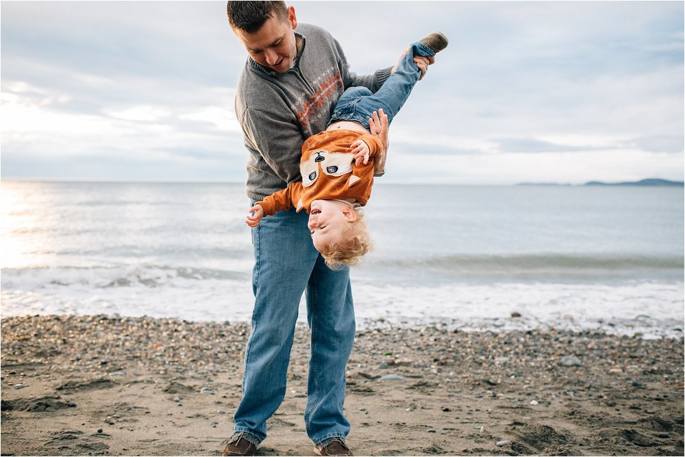Whidbey-Island-Family-Photographer-Kara-Chappell-Photography_0046.jpg