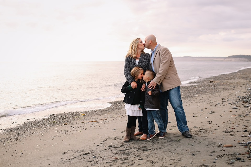 Whidbey-Island-Family-Photographer-Kara-Chappell-Photography_0177.jpg