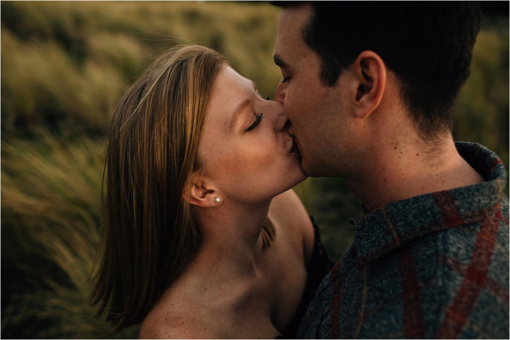 oak-harbor-couples-photographer-deception-pass-7.jpg