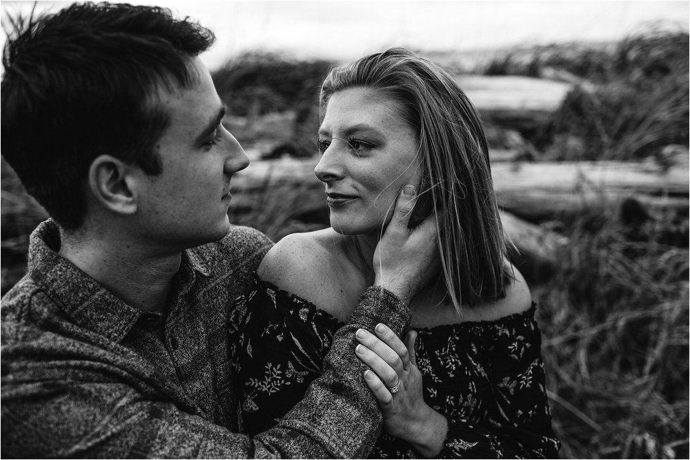 oak-harbor-couples-photographer-deception-pass-25.jpg