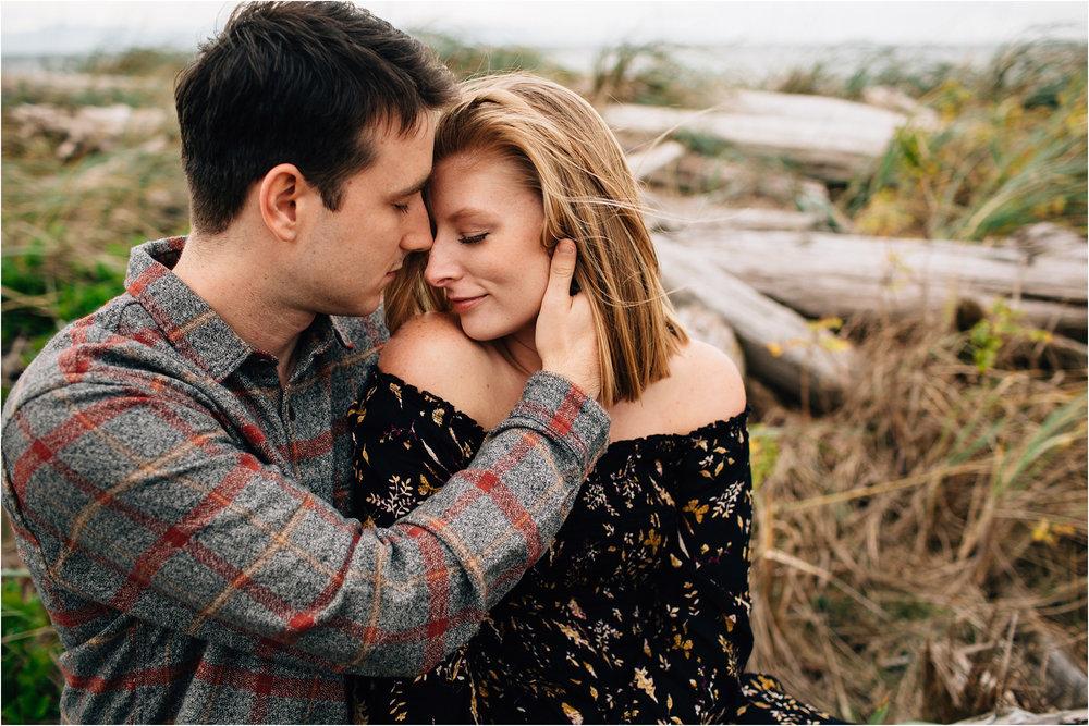 oak-harbor-couples-photographer-deception-pass-27.jpg