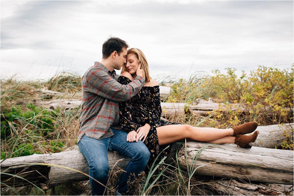 oak-harbor-couples-photographer-deception-pass-28.jpg