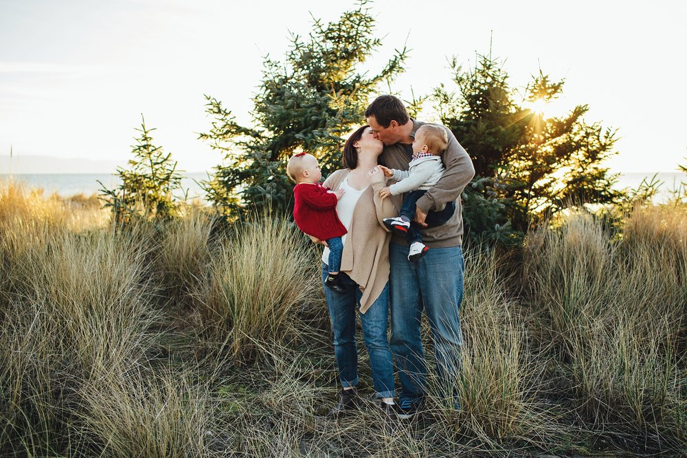 Whidbey-Island-Family-Photographer-Kara-Chappell-Photography_0535.jpg