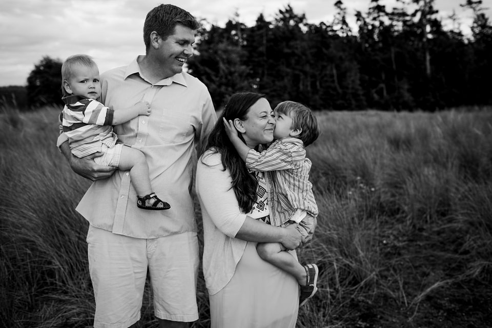 Whidbey-Island-Family-Photographer-Kara-Chappell-Photography_0060.jpg