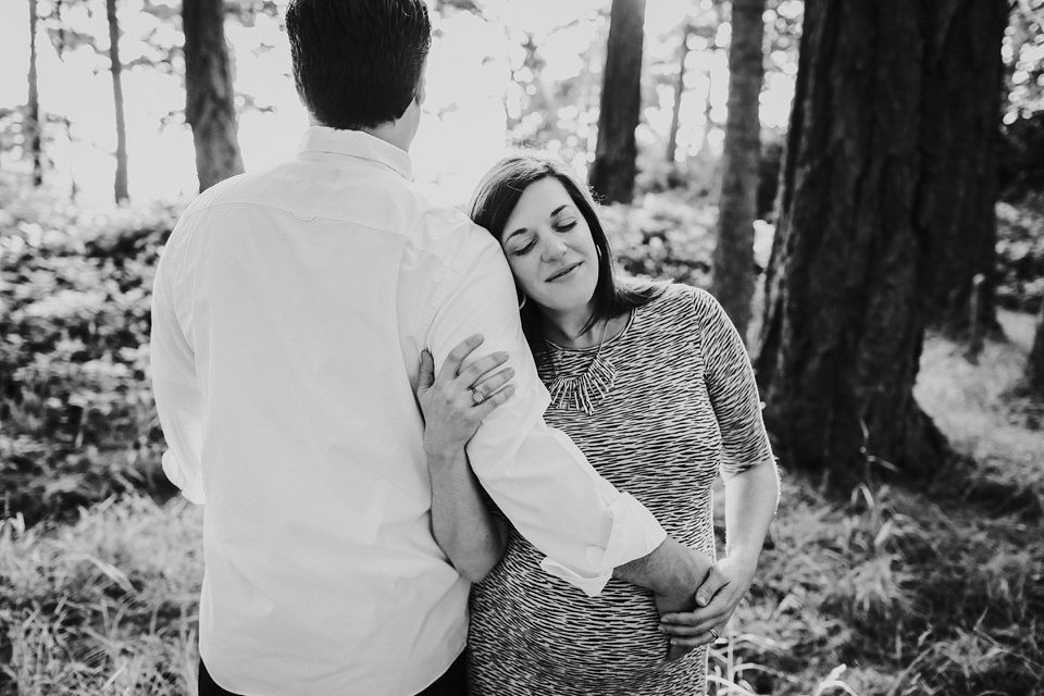 maternity-couples-portraits-whidbey-island-4.jpg