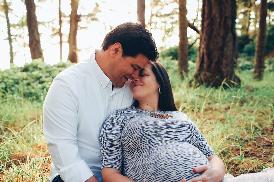 maternity-couples-portraits-whidbey-island-6.jpg