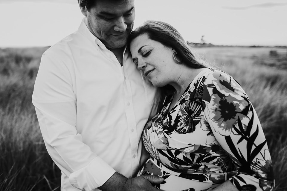 maternity-couples-portraits-whidbey-island-9.jpg