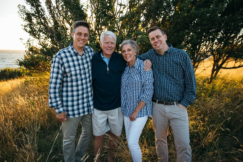 Extended Family Pictures | Whidbey Island Family Photographer