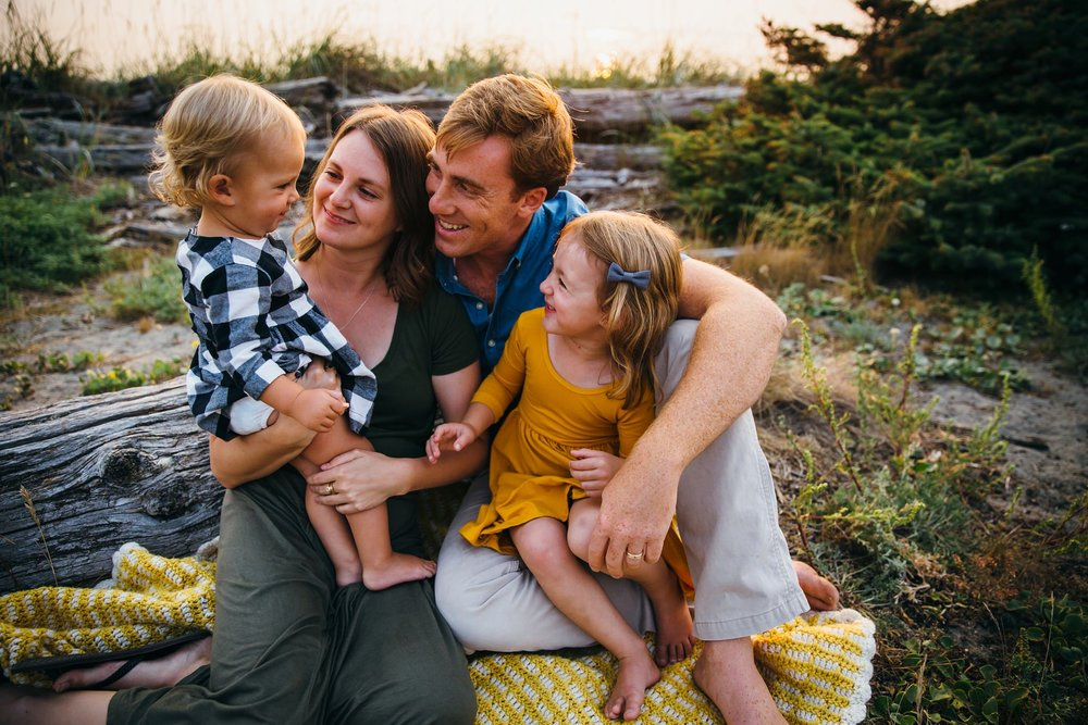Family Pictures at Deception Pass | Whidbey Island Photographer