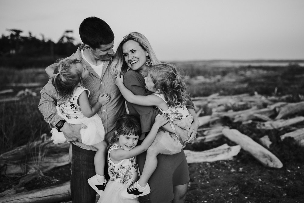 Kara Chappell Photography | Whidbey Island Family Photographer | Family Portraits at Monroe Landing