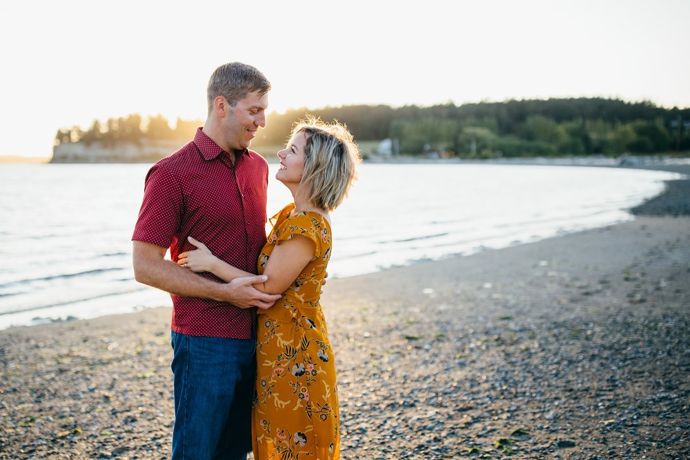 Sunset Family Portraits at Penn Cove | Whidbey Island Family Photographer