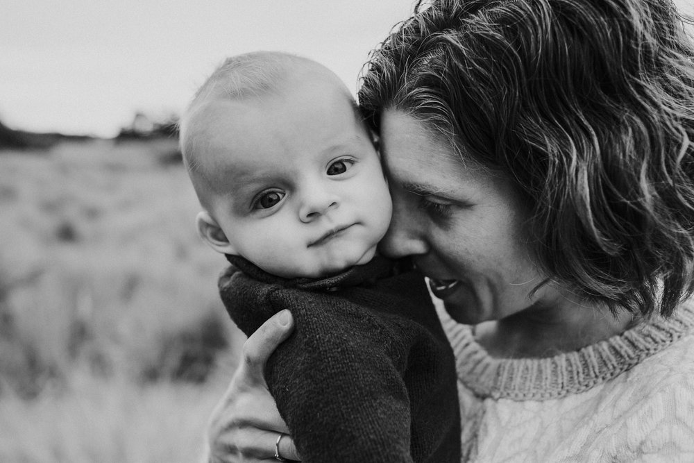 kara chappell whidbey island family photography mom snuggles baby son