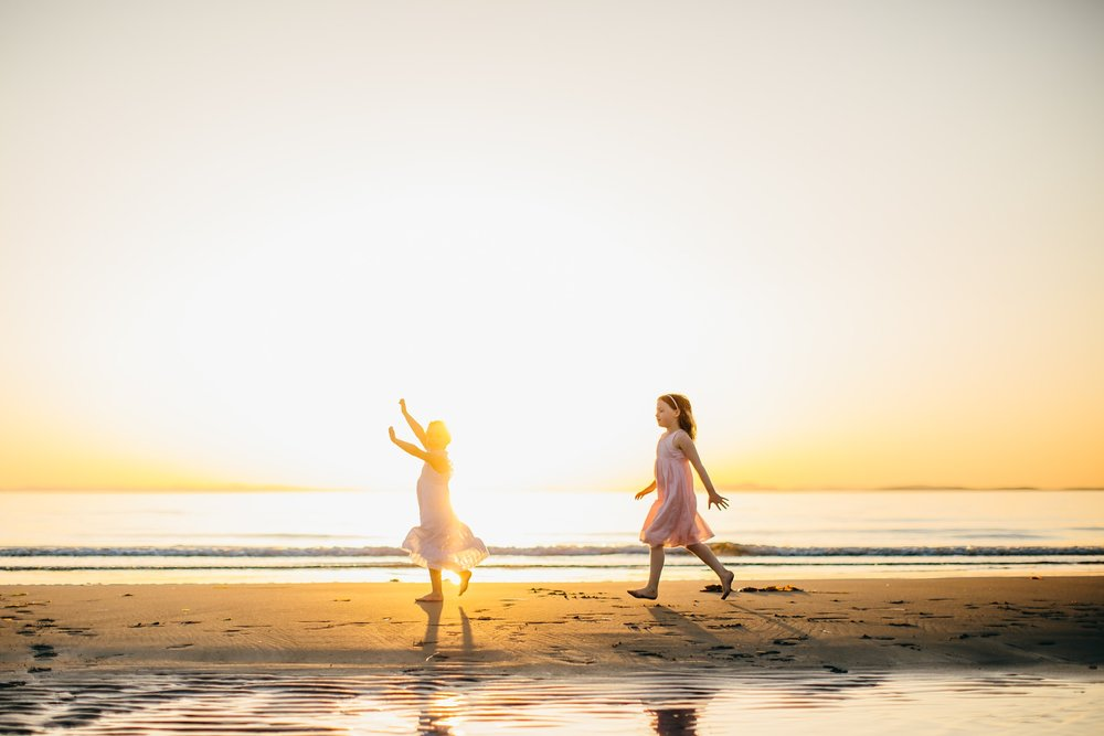 whidbey island beach sunset family photographer_0037.jpg