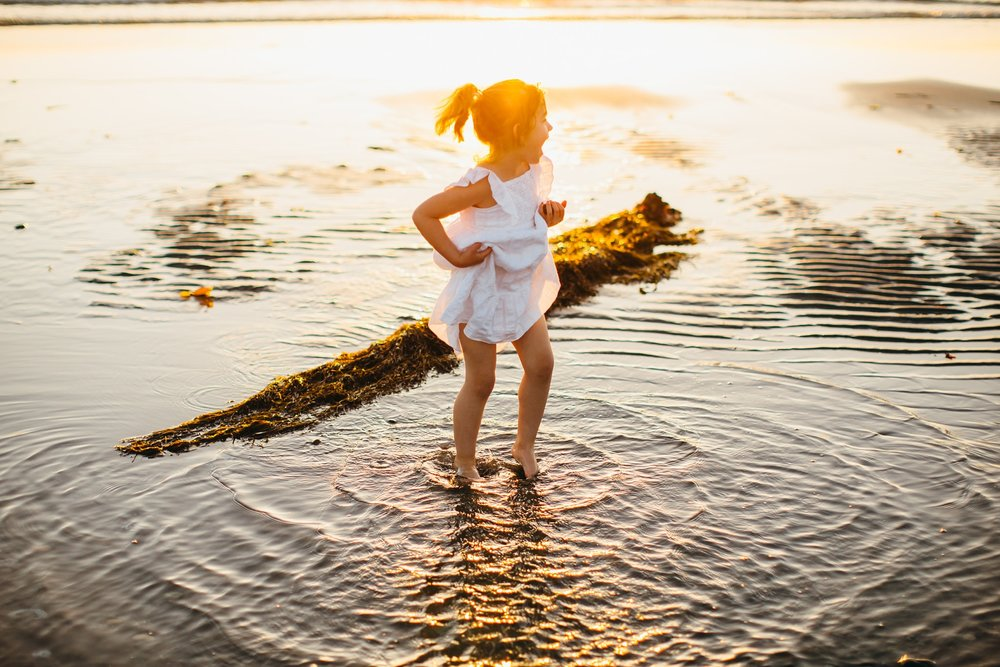 whidbey island beach sunset family photographer_0045.jpg