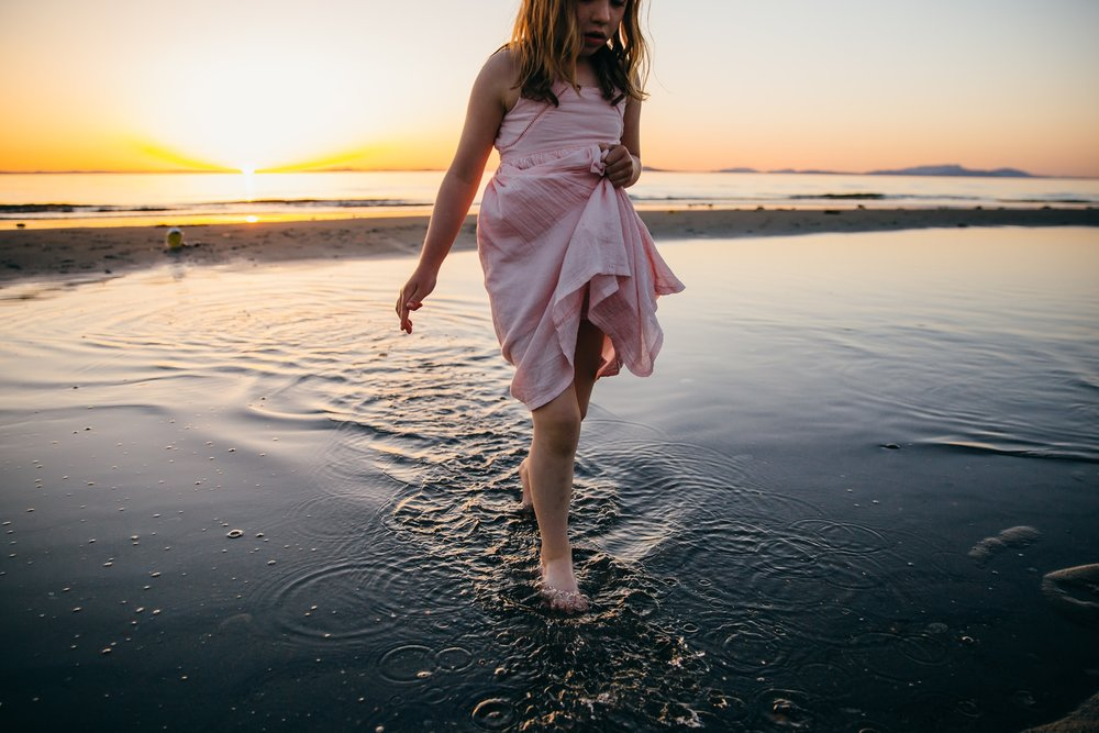 whidbey island beach sunset family photographer_0060.jpg