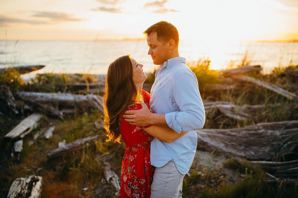 Couple embraces | Oak Harbor Family Photographer