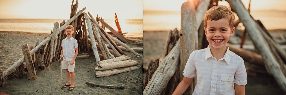 family photos on Washington beach