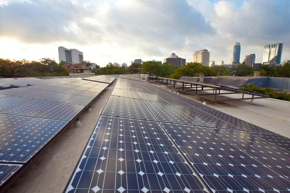 904 West, solar panels
