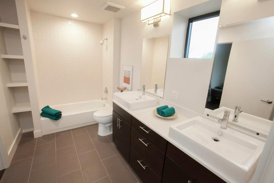 Pease Place, bathroom